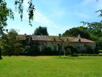 This estate is in a quiet location, it would make an ideal gites or bed and breakfast complex